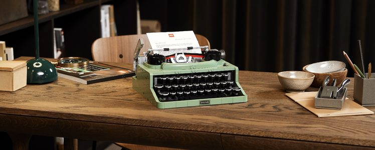 LEGO's New 2079-Piece Typewriter Set Features Real Keys and a Moving Carriage