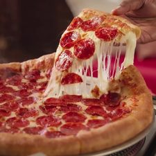[Pizza Hut] Pizza Hut's Buy One, Get One FREE Deal is Back!